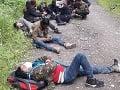 Polícia zadržala 16 migrantov pri hranici s Ukrajinou: Našla ich v lesnom poraste