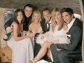 Jennifer Aniston a jej kolegovia zo seriálu Priatelia.