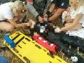 PRÁVE TERAZ FOTO Hasiči zasahujú pri dopravnej nehode: Zranili sa dvaja pasažieri