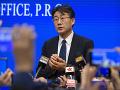 KORONAVÍRUS Šéf čínskeho Centra pre kontrolu chorôb si dal vpichnúť experimentálnu vakcínu