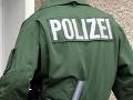 Mraziarenský kamión vymenil potraviny za ľudí: Rakúski policajti v ňom našli desiatky migrantov