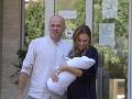 Konečne idú domov: PRVÉ FOTO Mária Čírová so synčekom odišla z pôrodnice!