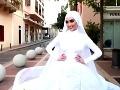 VIDEO Najšťastnejší okamih nevesty sa zmenil na strašný horor: Práve pózovala, keď vybuchol Bejrút