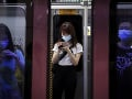 KORONAVÍRUS Čína zmierňuje cestovné