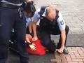VIDEO Brutálny zásah polície v Nemecku: Stačilo málo a muž mohol skončiť ako George Floyd