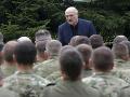 Lukašenko s novým nariadením armáde: Podľa neho má používať čo najprísnejšie opatrenia