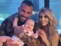 Vémola a jeho rodina pozitívni na KORONAVÍRUS: Ťažký priebeh ochorenia, 8-mesačná dcérka má 40-ky horúčky!