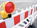 Vodiči sa musia vyzbrojiť trpezlivosťou: Cesta medzi Veľkým Ďurom a Kalnou nad Hronom je uzavretá