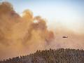 FOTO Ohnivá skaza v Andalúzii: Lesné požiare ničia obrovské územia, ľudia museli opustiť domovy