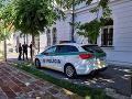 Budovy súdov na Slovensku opäť prehľadávajú: Dôvodom je nahlásenie bomby
