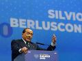 KORONAVÍRUS Bývalý taliansky premiér Berlusconi má obojstranný zápal pľúc