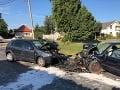 Opitá vodička v protismere napálila do idúceho auta: Vodič nemal šancu zrážku prežiť