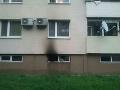 FOTO Požiar bytovky v Dunajskej Strede: Hasiči museli evakuovať 25 osôb