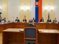 Ústavnoprávny výbor začal vypočúvať kandidátov na sudcu ústavného súdu