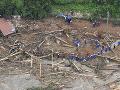 Pomáhali ľuďom, nakoniec zahynuli: Vo Vietname našli telá 11 vojakov, ktorých zavalilo