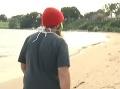 VIDEO Muž počas prechádzky objavil neznámy balík: Keď ho rozbalil, naplo ho
