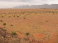 VIDEO Vedci desaťročia nevedeli vysvetliť záhadné kruhy v púšti: Dopomohol k tomu slávny matematik