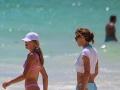 Jennifer Flavin vyzerá pri svojich dcérach ako ich staršia sestra.