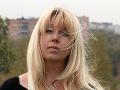Ruská novinárka sa upálila deň po tom, ako polícia prehľadala jej byt