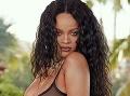 Rihanna vyzliekla slávne krásky a... Demi Moore (57) pohodená medzi odhalenými ženami!