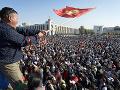 Povolebné protesty sa zmenili na ohnivé nepokoje: USA a OSN žiadajú upokojenie situácie v Kirgizsku