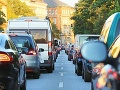 AKTUÁLNE V Bratislave hlásia viacero kolón, na Vrakunskej je nehoda trolejbusu