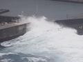 K južnému pobrežiu Japonska dorazil tajfún Čan-hom, v Tokiu očakávajú silný dážď