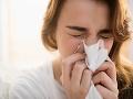 Maďarský virológ o KORONAVÍRUSE: Pandémiu môže zmierniť sprej vyrobený na Slovensku