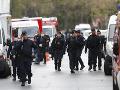 Francúzska polícia zadržala v súvislosti s útokom na učiteľa deväť osôb: Prezident Macron útok odsúdil