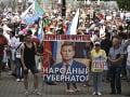 Priaznivci vyšetrovaného exgubernátora vyšli opäť do ulíc Chabarovska: Protest bol nepovolený