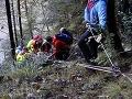 FOTO Išiel do lesa na huby, domov sa už nevráti: Hrôzostrašná smrť muža, 50-metrový pád terénom