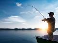 FOTO Rybár chytil rekordného kapra! Keď uvidíte toho obra, padne vám sánka