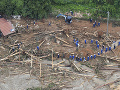 Pri záplavách a zosuvoch pôdy vo Vietname zahynulo 105 ľudí: 27 je stále nezvestných