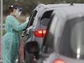 Virológ o pálčivých témach, ktoré rozdeľujú Slovensko: Najúčinnejší by bol lockdown, nádej v očkovaní