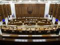 KORONAVÍRUS nabúral aj parlamentné