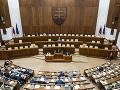 KORONAVÍRUS Poslanecké grémium má zajtra rozhodnúť o prerušení 16. schôdze Národnej rady