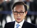 Juhokórejský najvyšší súd potvrdil 17-ročný trest väzenia pre exprezidenta