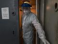 KORONAVÍRUS Ukrajina hlási viac ako 14 a pol tisíca nových prípadov nákazy