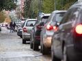 Vodiči, pozor! Doprava v Bratislave je ochromená: Na viacerých miestach hlásia nehody, tvoria sa kolóny