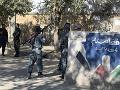 FOTO Ozbrojenci vtrhli na univerzitu a spustili streľbu: Študentov z budovy evakuovali