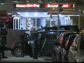 MIMORIADNE Teroristický útok vo Viedni, hlásia obete! Panuje chaos, nebezpeční páchatelia na úteku