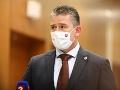 Fico vidí za zásahmi NAKA politickú objednávku: Mikulec reaguje na jeho slová