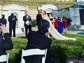 Nevesta zverejnila svadobnú FOTO, ľudia zúria: Za ten detail manželov zniesli pod čiernu zem