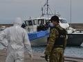 Migranti sa stále nevzdávajú: Grécka pobrežná stáž zadržala loď s desiatkami utečencov