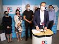 KORONAVÍRUS Mimoparlamentné strany kritizujú plán testovania v prevádzkach s cieľom ich otvorenia