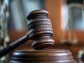 Sudca Špecializovaného trestného súdu zobral do väzby dve osoby obvinené z korupcie