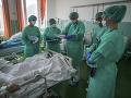KORONAVÍRUS V Maďarsku pribudlo 4440 nakazených: Zomrelo takmer sto ľudí