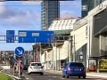 FOTOREPORTÁŽ Je to tu! V Bratislave konečne otvorili zrekonštruovanú ulicu: Pozrite sa, ako vyzerá