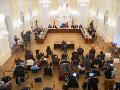 Výbor pokračuje v híringu kandidátov na šéfa Generálnej prokuratúry: Vypočuť má Šantu a Žilinku
