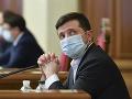Ukrajinský prezident uvalil sankcie na tri TV kanály: Slúžia vraj záujmom Ruska